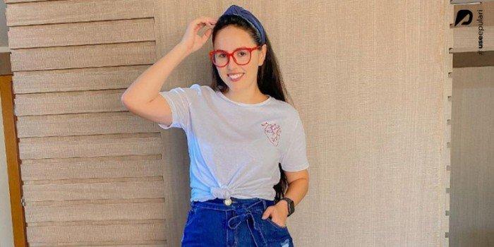 5 looks incríveis com t-shirt básica: do esportivo ao casual